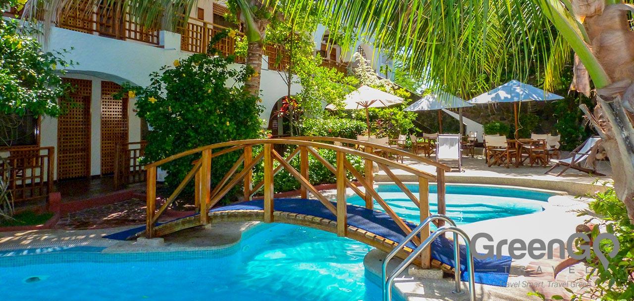 Hotel Silberstein Galapagos - Pool