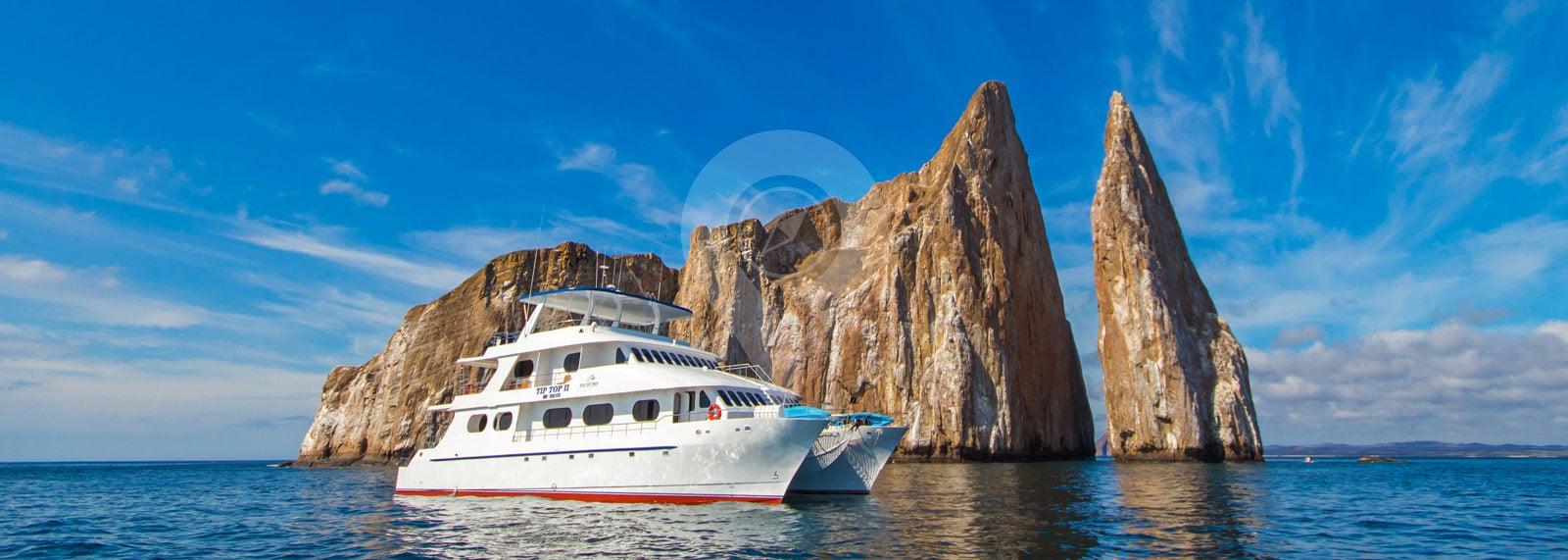 Catamaran Tip Top 2 Galapagos
