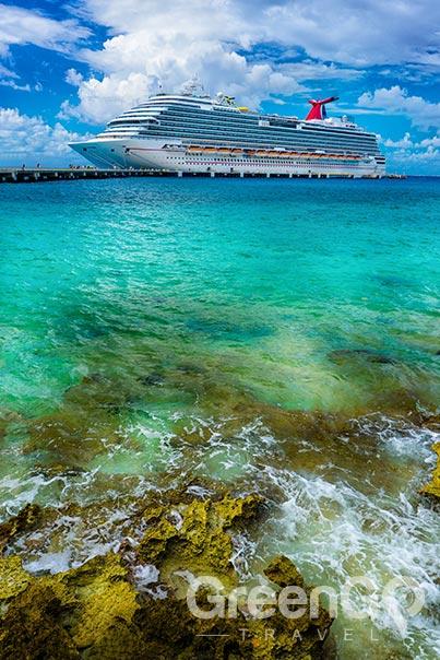 galapagos-vs-caribbean-ship-in-deck