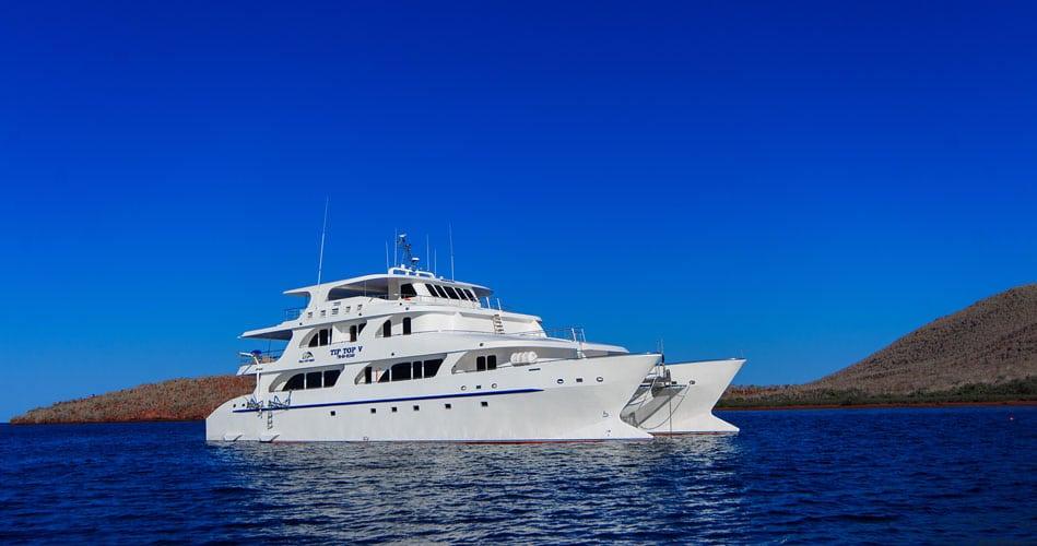 Tip Top 5 Galapagos Catamaran - Features