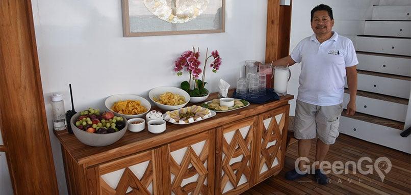 Elite-Galapagos-Cruise-Amazing-Snacks-of-the-Elite-Catamaran