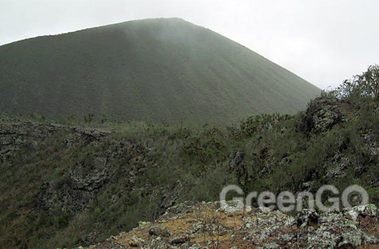 Alieri-Hill-Galapagos