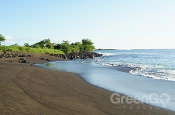 Floreana Black Beach - Galapagos