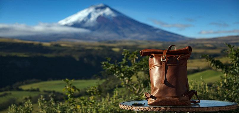 Ecuador handmade products-Leather bag