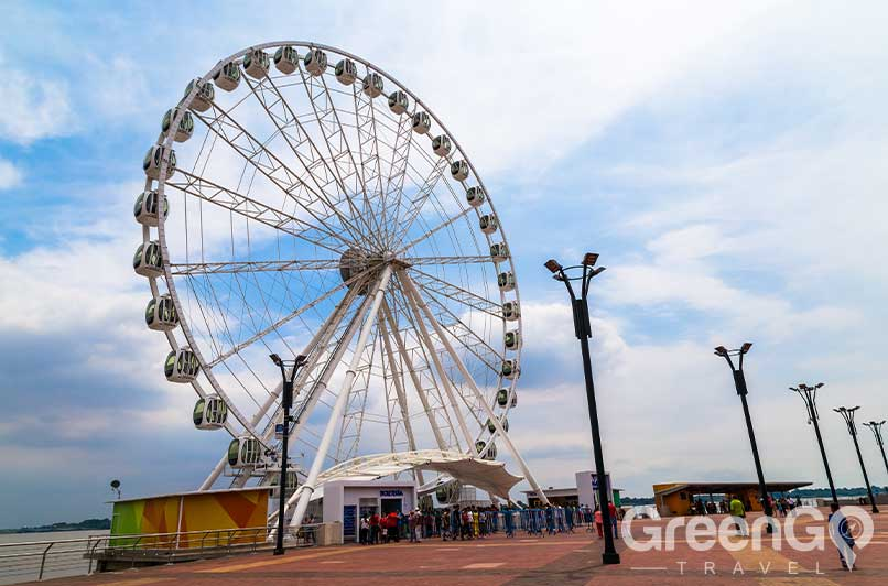 Things to do in Guayaquil - La Perla ferris wheel